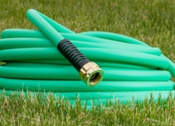 Top 10 Best Garden Hoses of 2019 – Reviews