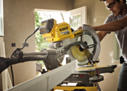 Top 10 Best Miter Saws of 2019 – Reviews