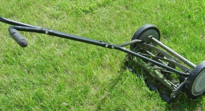 Top 10 Best Reel Mowers of 2019 – Reviews