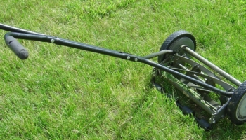 Top 10 Best Reel Mowers of 2020 – Reviews