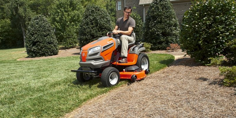Top 10 Best Riding Mowers of 2021 – Reviews