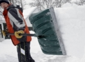 Top 10 Best Snow Shovels of 2019 – Reviews
