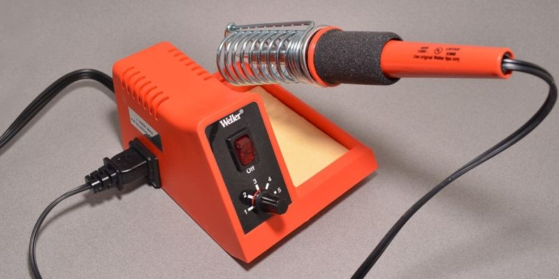 Top 10 Best Soldering Stations of 2019 – Reviews