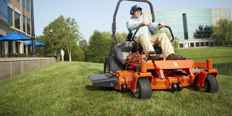 Top 10 Best Zero Turn Mowers of 2018 – Reviews
