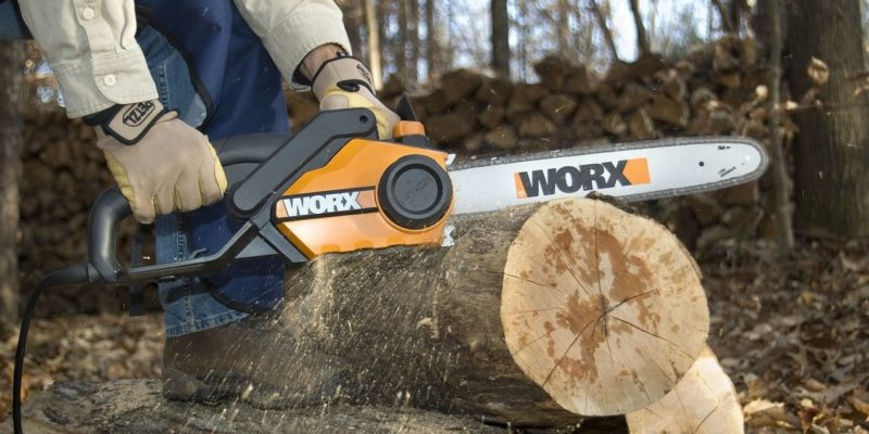 Top 10 Best Electric Chainsaws of 2019 – Reviews
