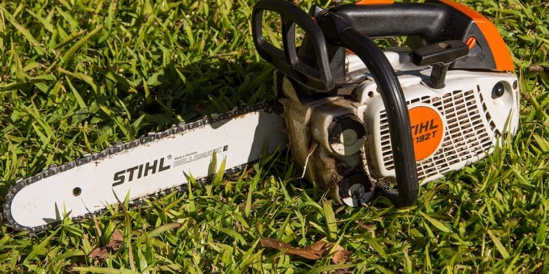 Top 10 Best Chainsaws of 2021 – Reviews