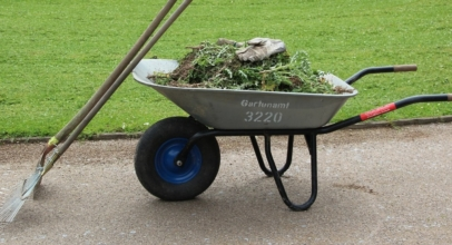 Top 10 Best Wheelbarrows of 2019 – Reviews